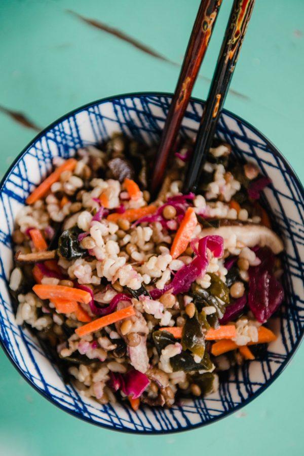 macrobiotic salad with shiitake mushroom and nori